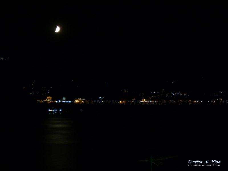 vista_notte_tremezzo_centrolago.jpg